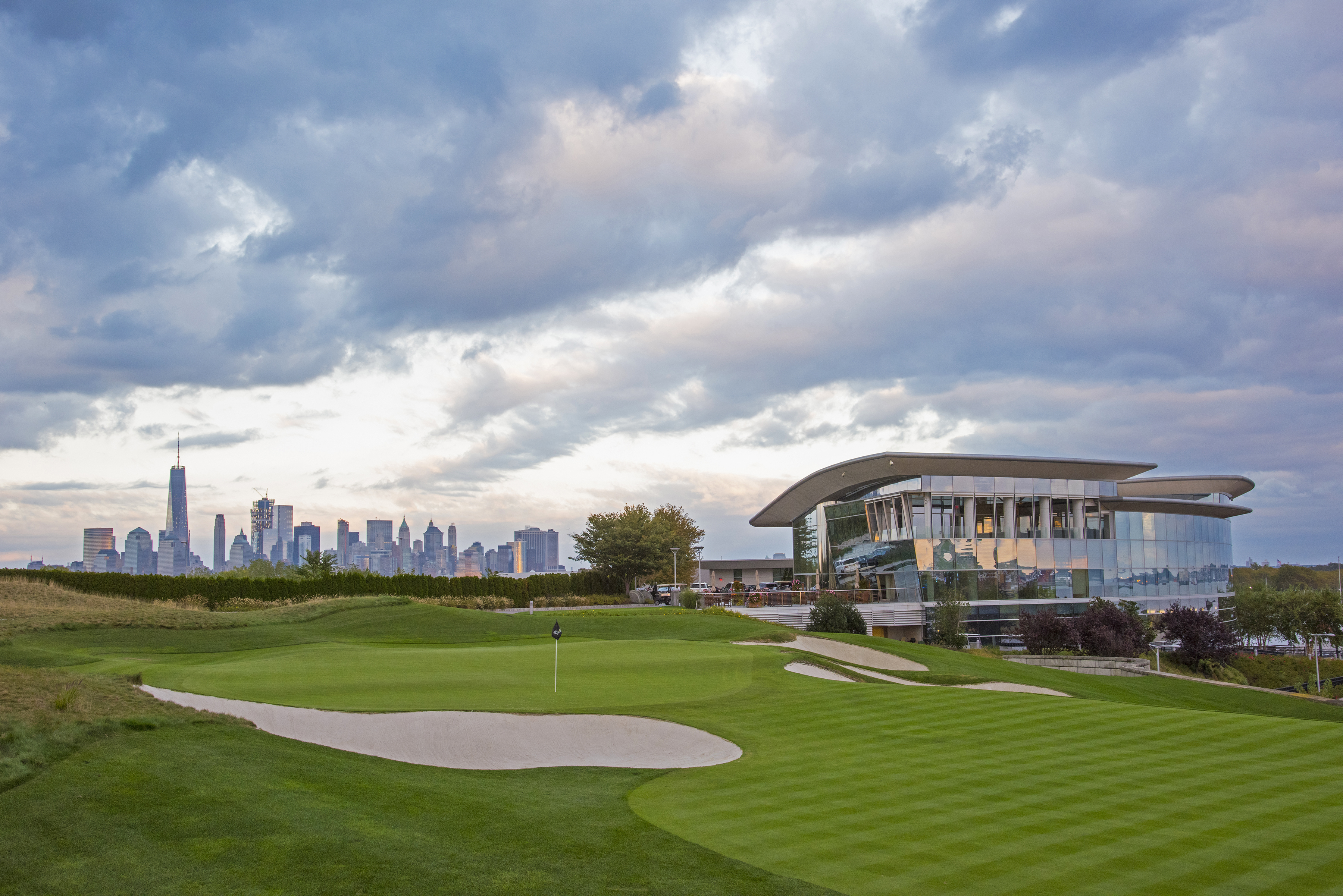JERSEY CITY, NJ - OCTOBER 3: The 18th hole (Presidents Cup 14th hole) at Liberty National Golf Club, host course of the 2017 Presidents Cup in Jersey City, New Jersey on Ocotber 3, 2016. (Photo by Chris Condon/PGA TOUR)
